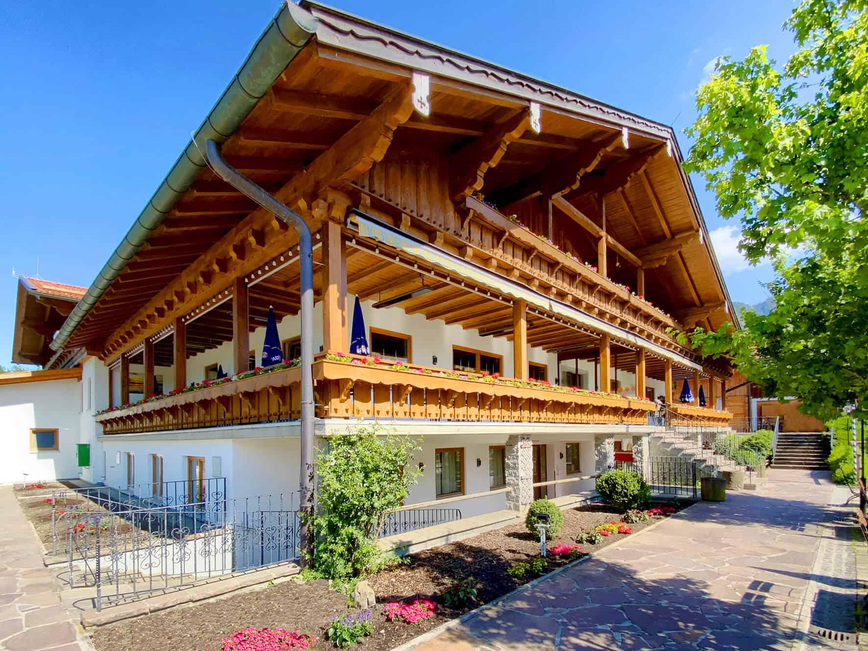 Restaurant Bannwaldsee mit beheizbarer Aussichtsterrasse